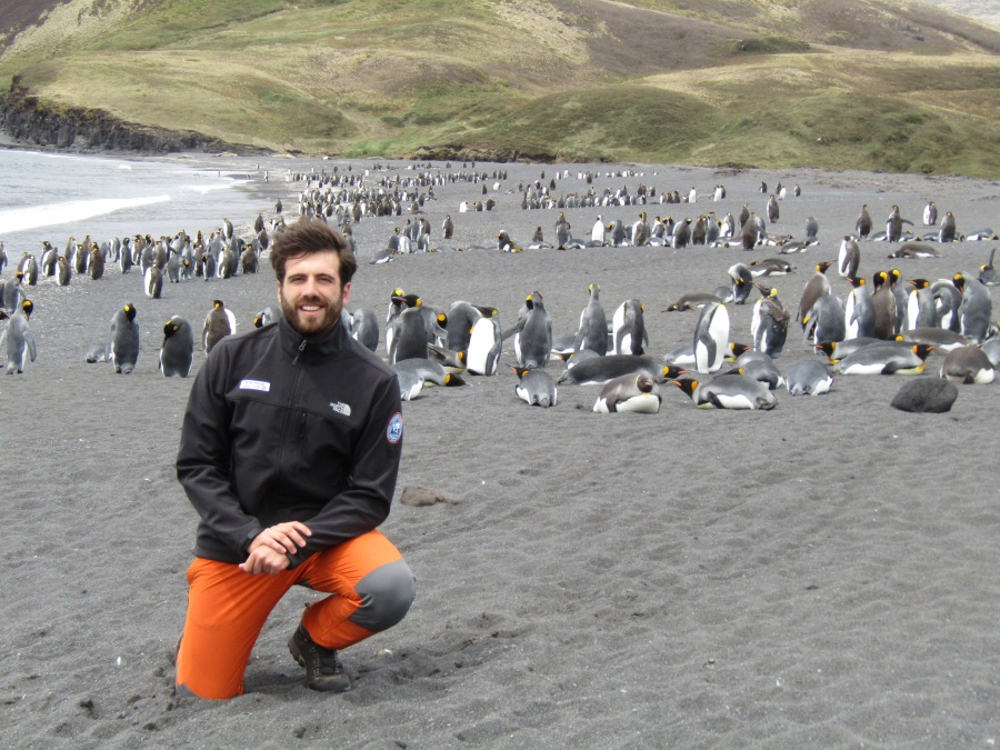 pablo_isla_posesion_con_pinguinos_rey